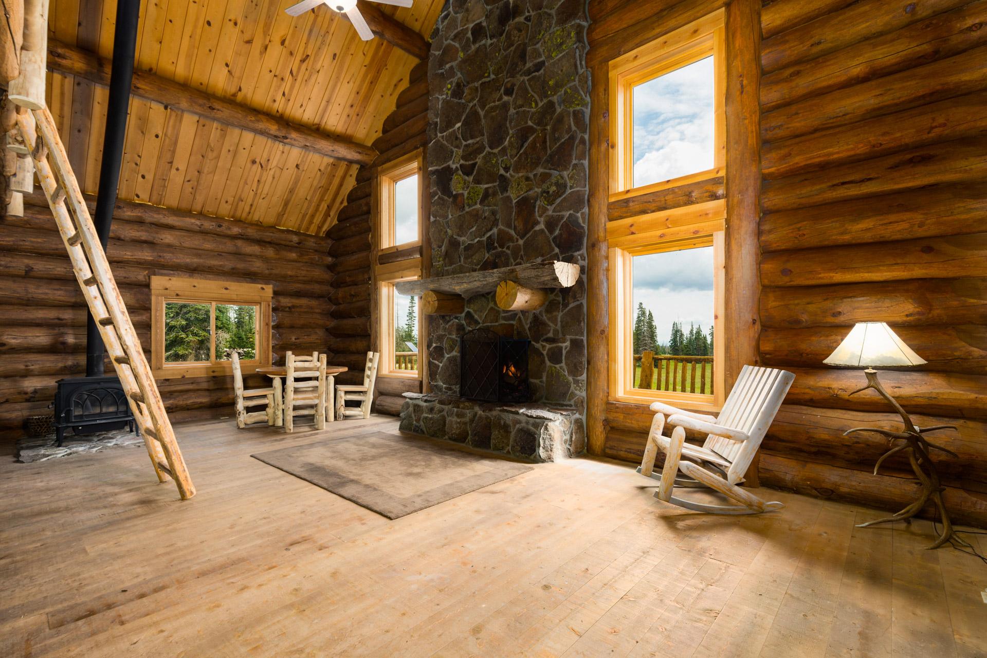 cabin-102