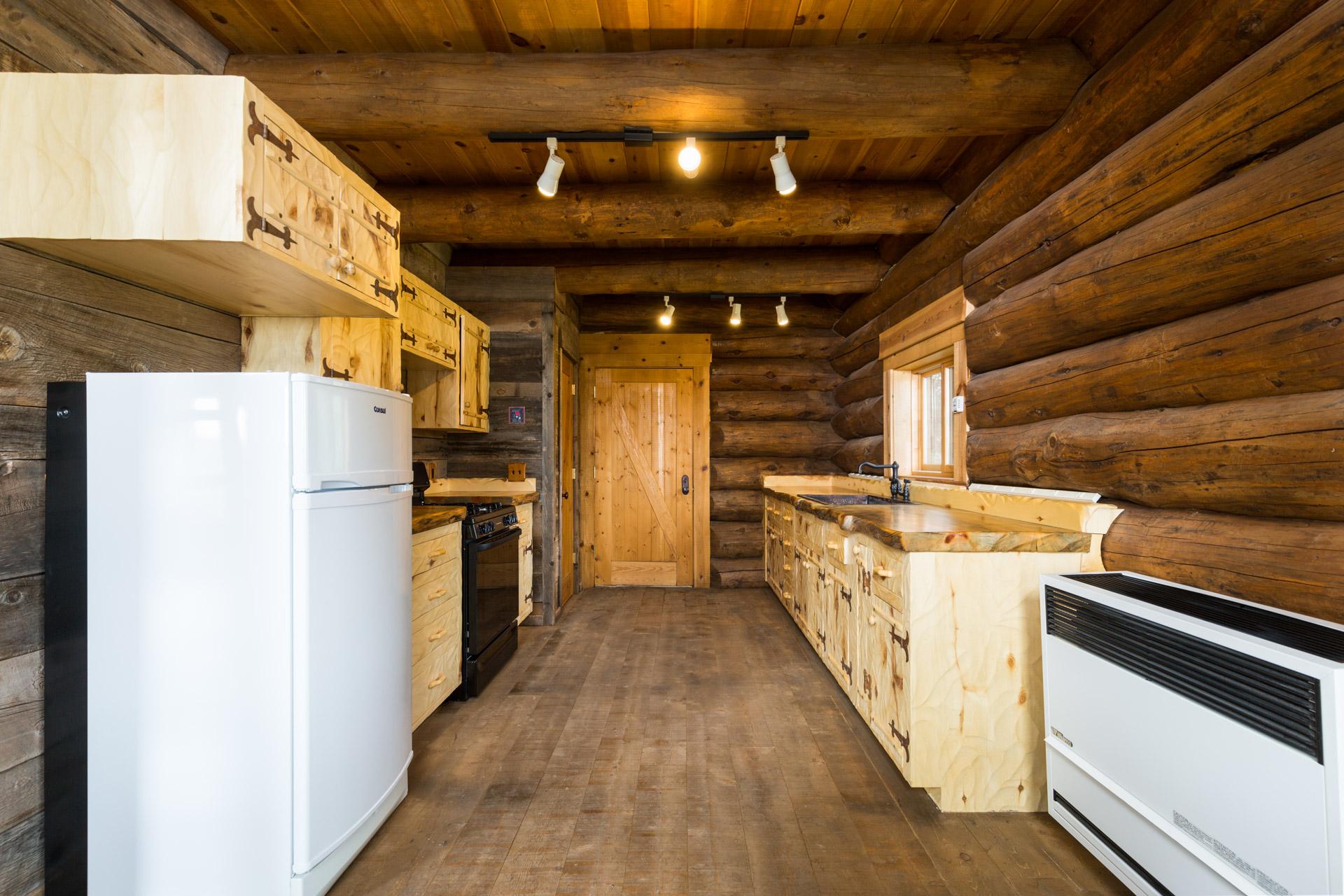 cabin-104