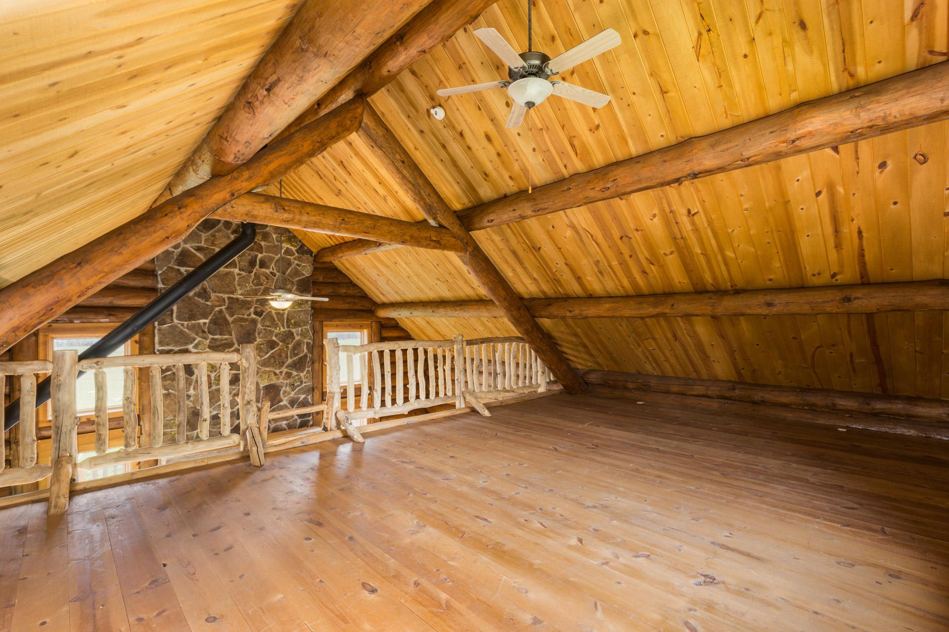 cabin-112